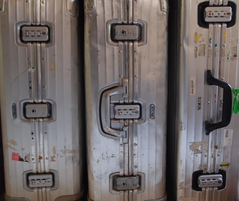 リモワトパーズの古いTSAなしロックをTSAロックに交換した3台